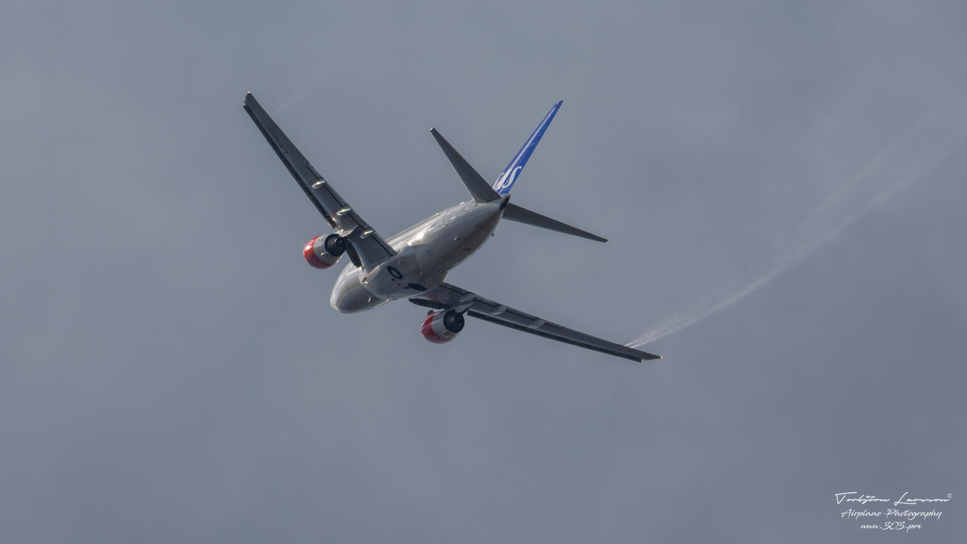 DSC_1325-SAS LN-RPF - Boeing Boeing 737-600