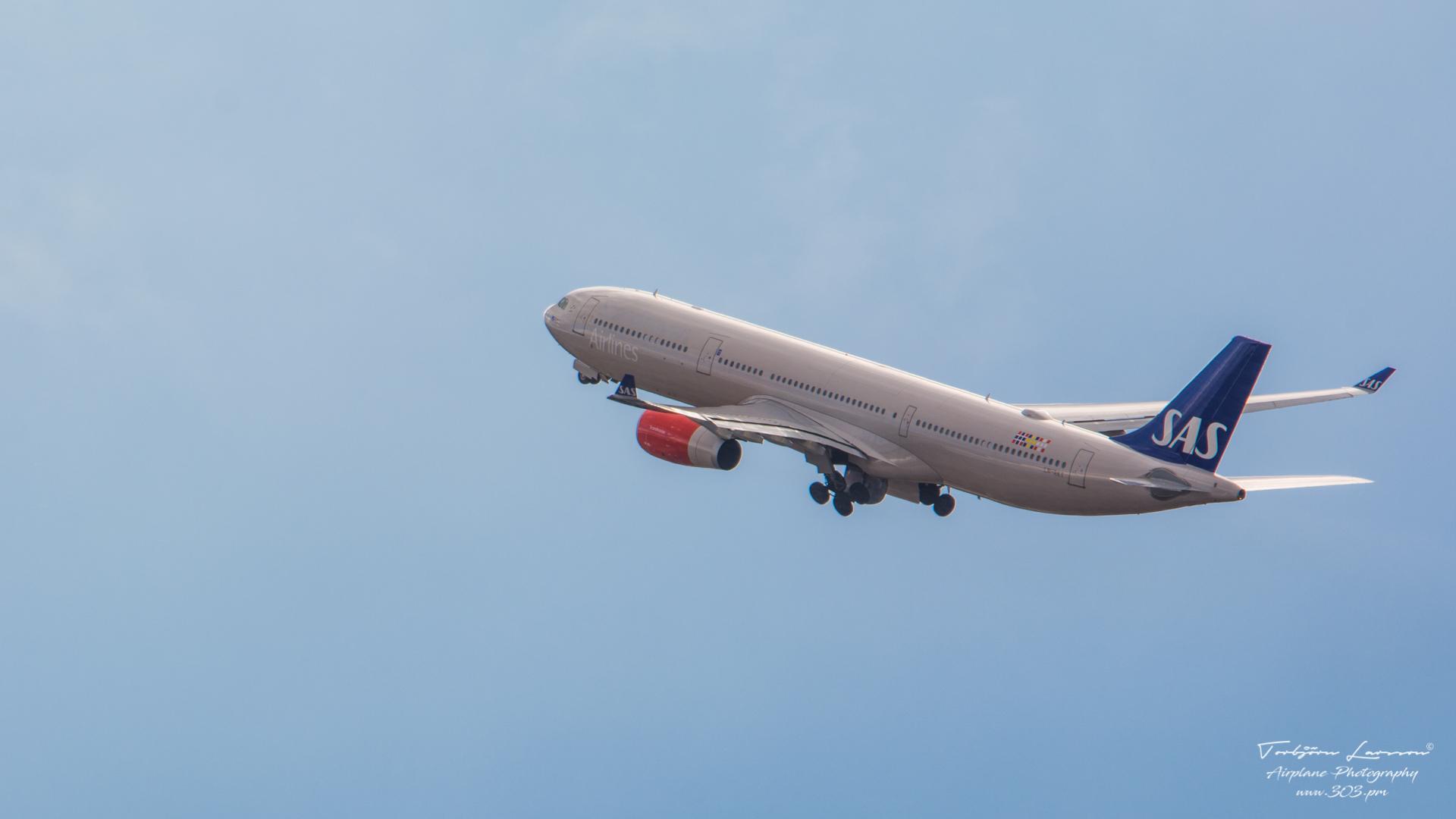 DSC_2118-SAS LN-RKT - Airbus A330-343E