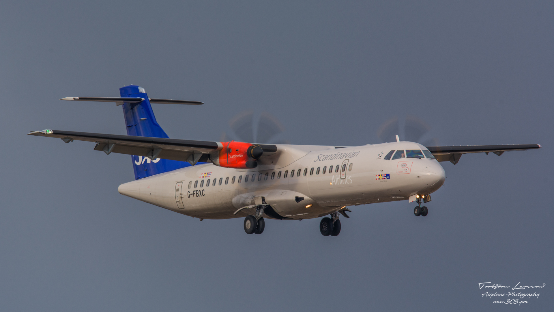 DSC_2486-SAS G-FBXC - ATR 42:72 - MSN 1300