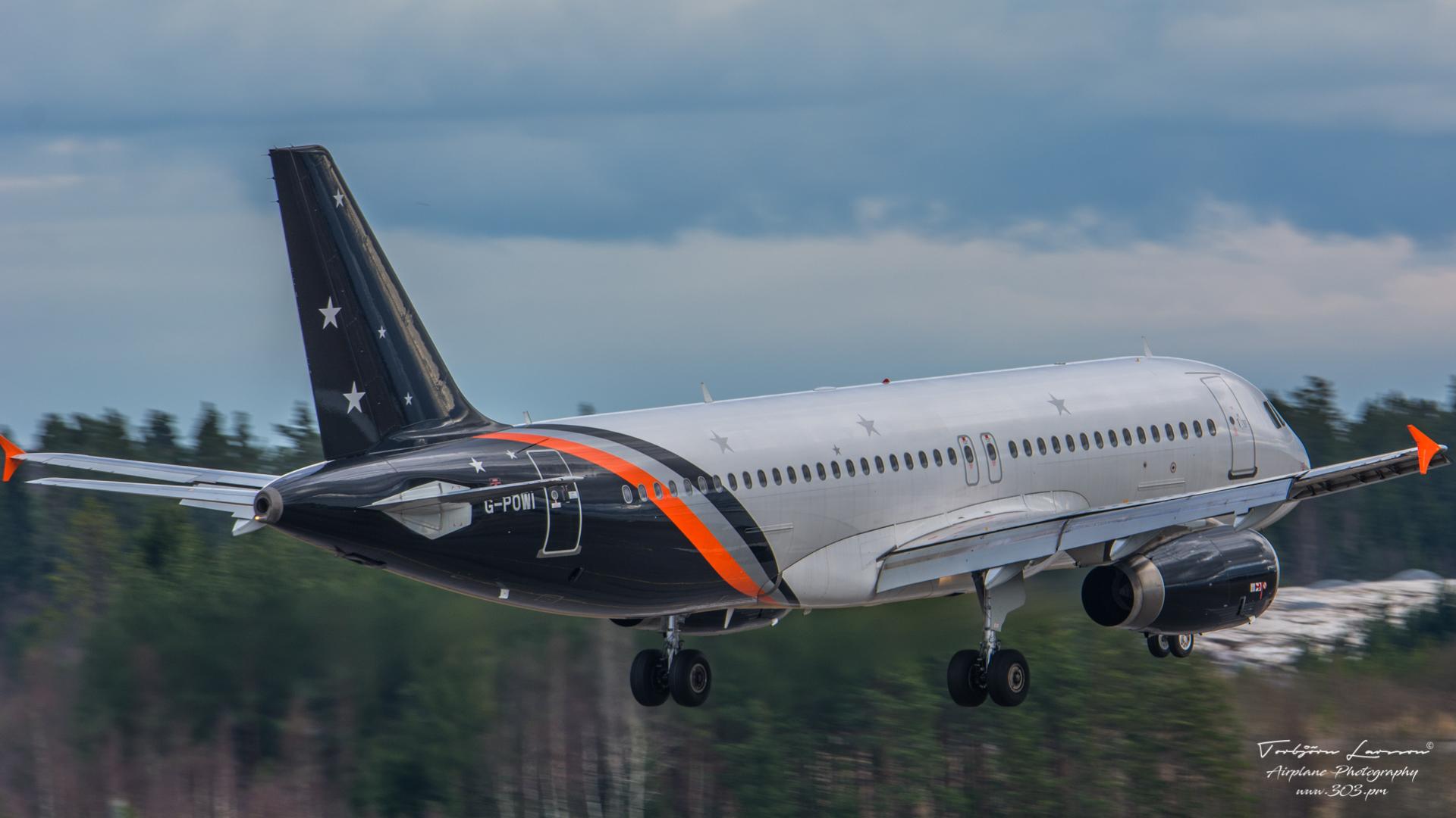 DSC_2599-Airbus A320-233 - Novair G-POWI