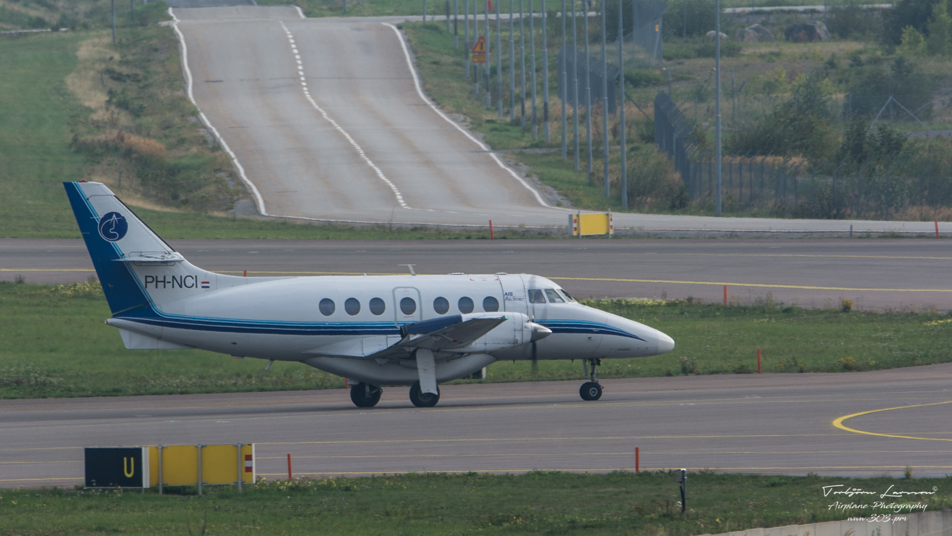 Jetstream 32-01 - AIS Airline - PH-NCI - TBE_2496