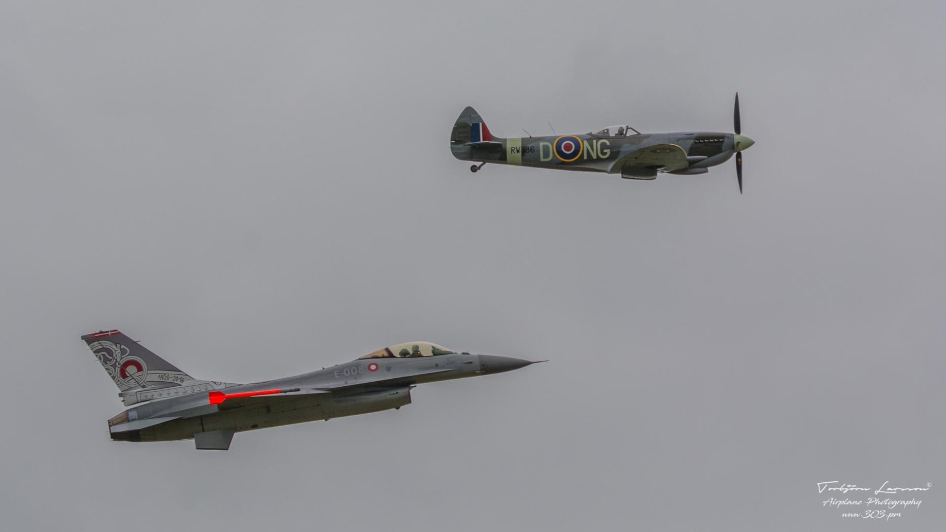General Dynamics F-16 Fighting Falcon - Danish Air Force & Vickers Supermarine Spitfire Mk. XVI