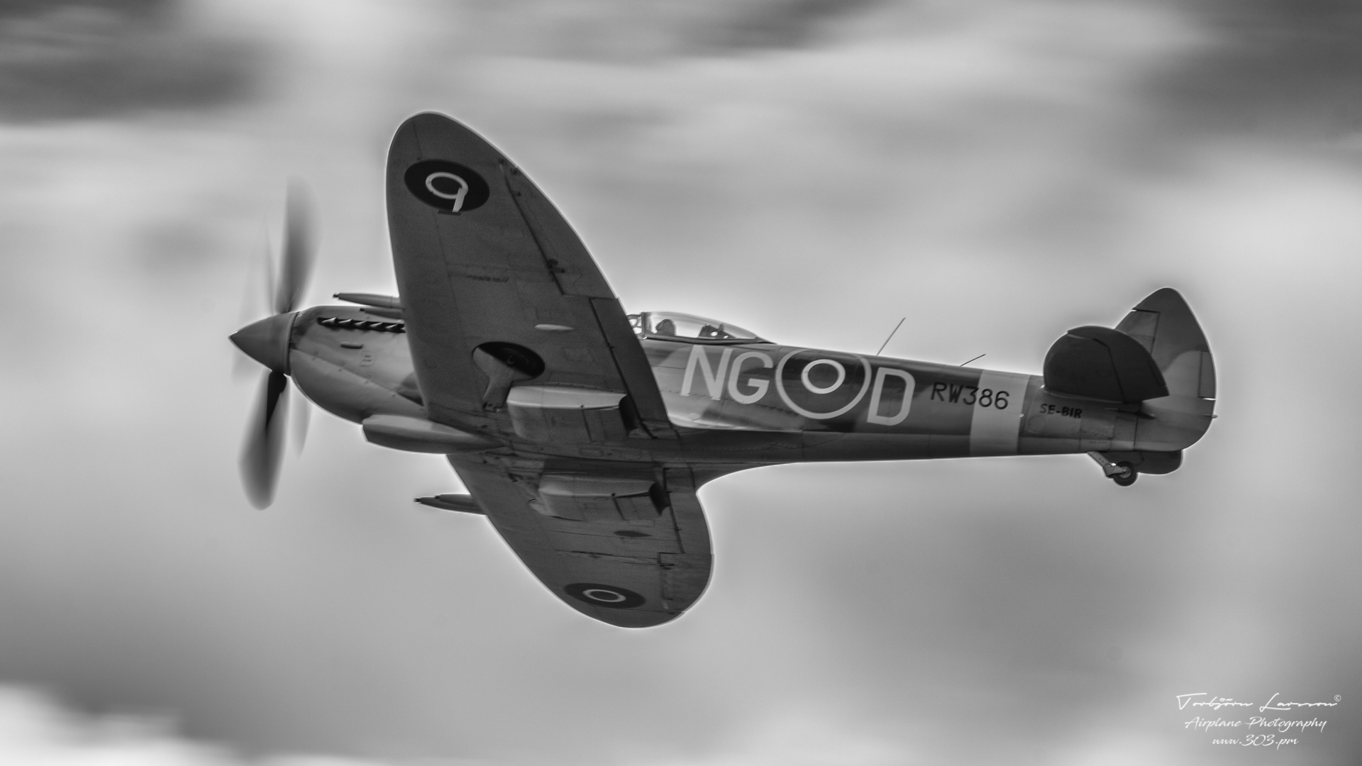 TBE_3930-Supermarine Spitfire-LF.XVI (SE-BIR)