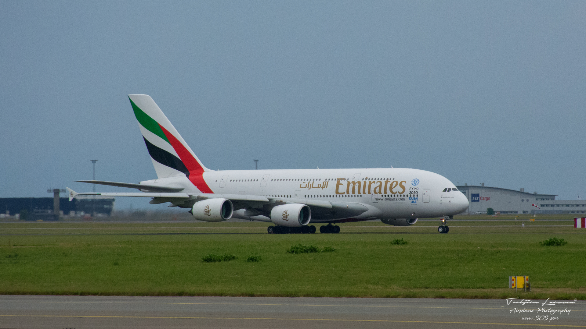 ACE_0802-Airbus A380-861 (A6-EOX) - Emirates Airlines
