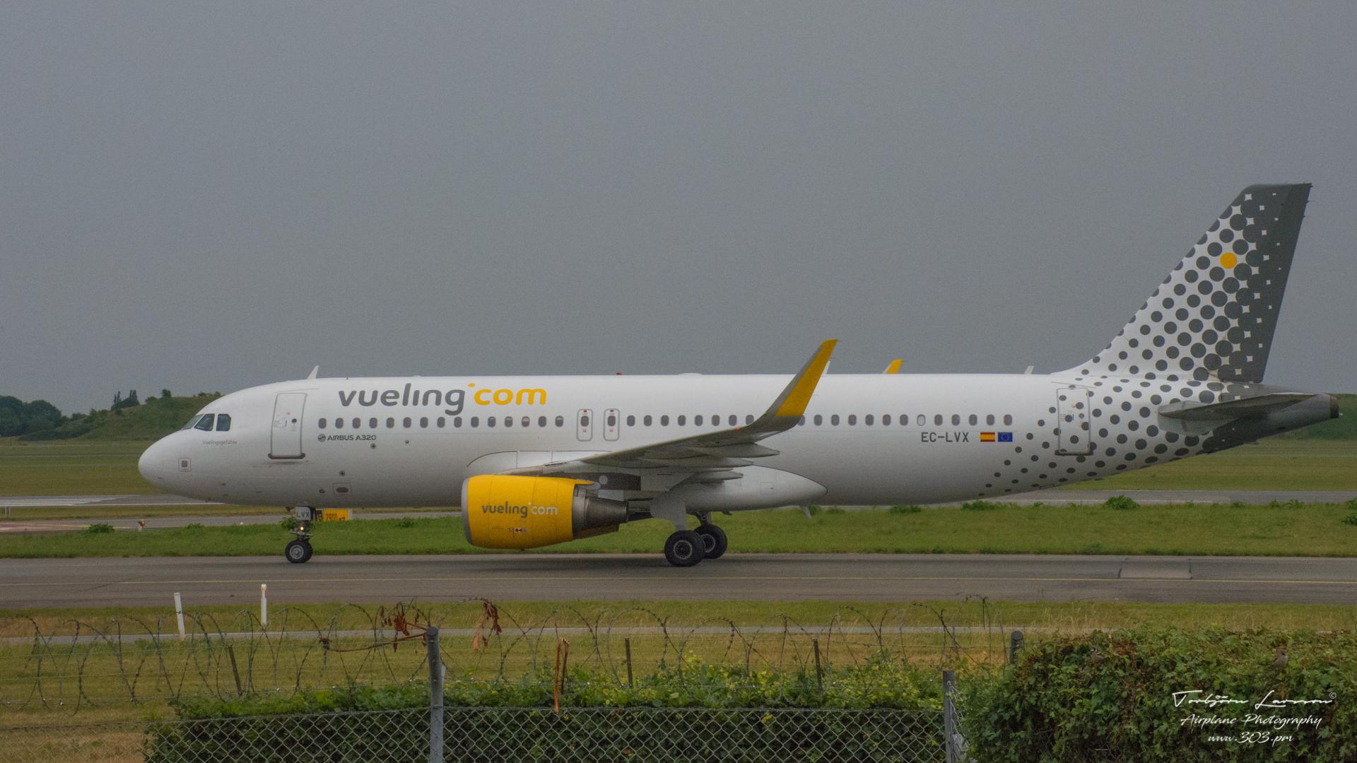 DSC_0756-Airbus A320-214(SL) (EC-LVX) - Vueling Airlines