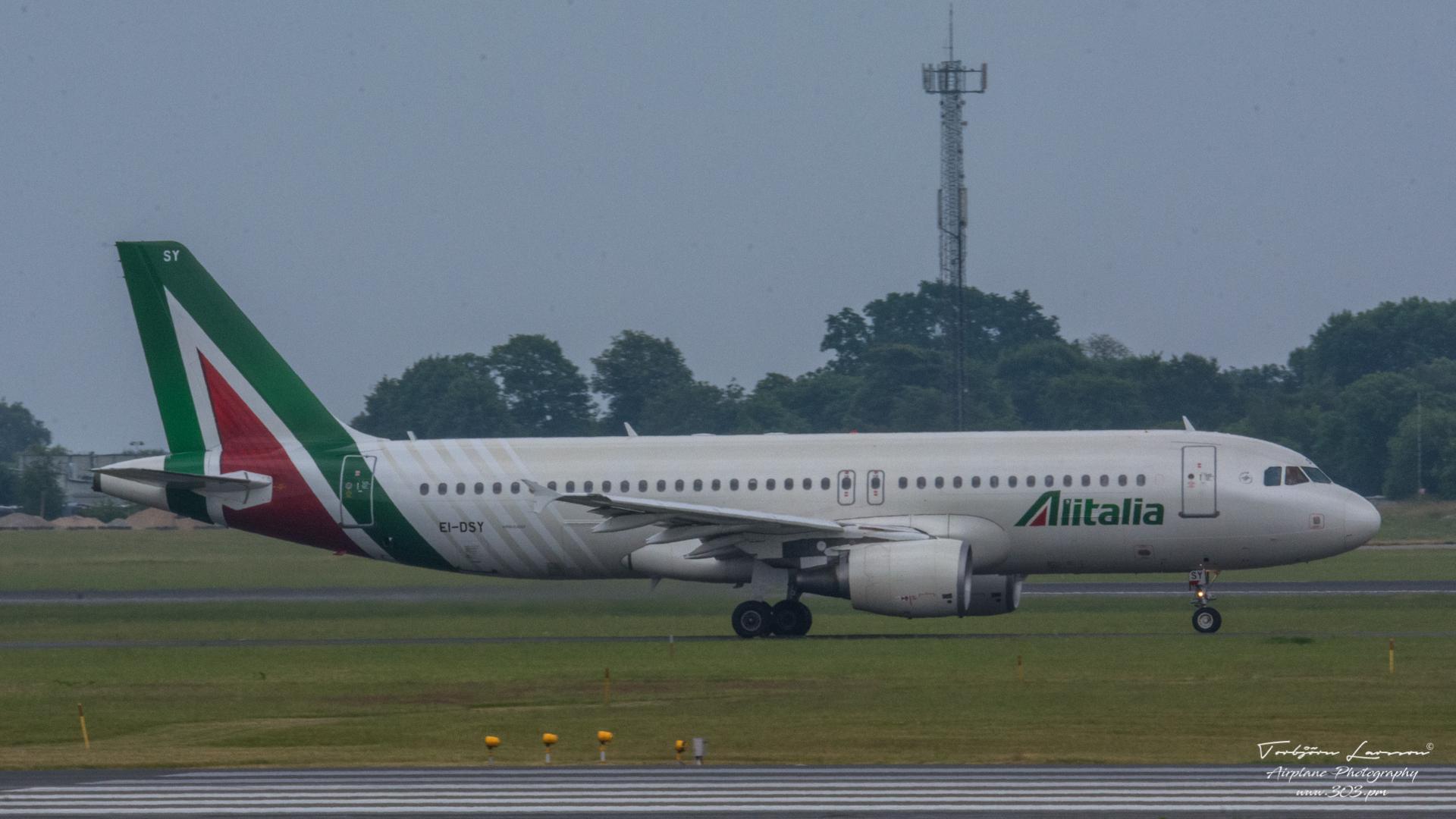 TBE_8288-Airbus A320-216 (EI-DSY)