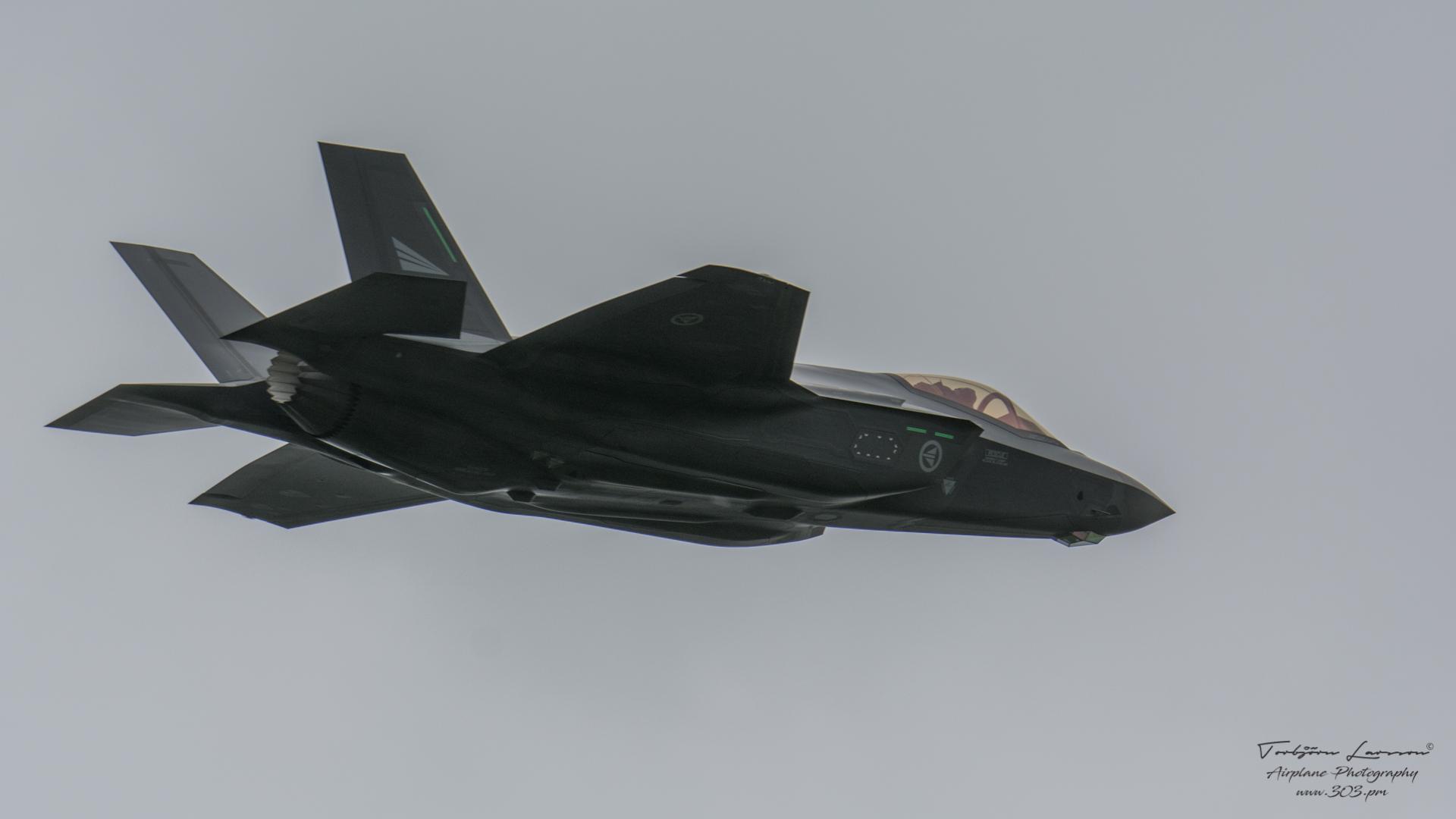 Lockheed-Martin-F-35-aLightning-II-TBE_7377