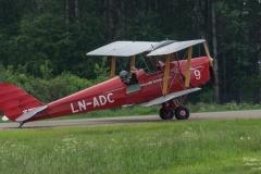 De-Havilland-DH-82A-Tiger-Moth-LN-ADC-Aircraft-C.-LTD-TBE_5845