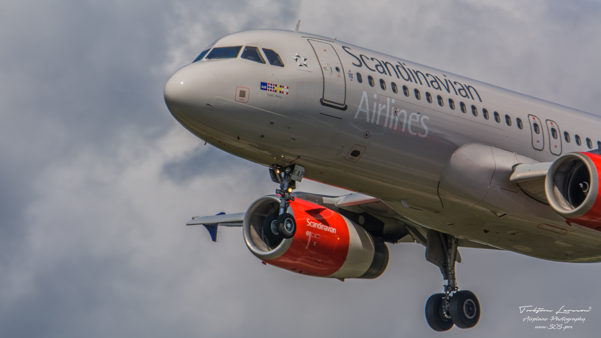 Airbus-A320-232-SAS-Scandinavian-Airlines-OY-KAP-TBE_8296