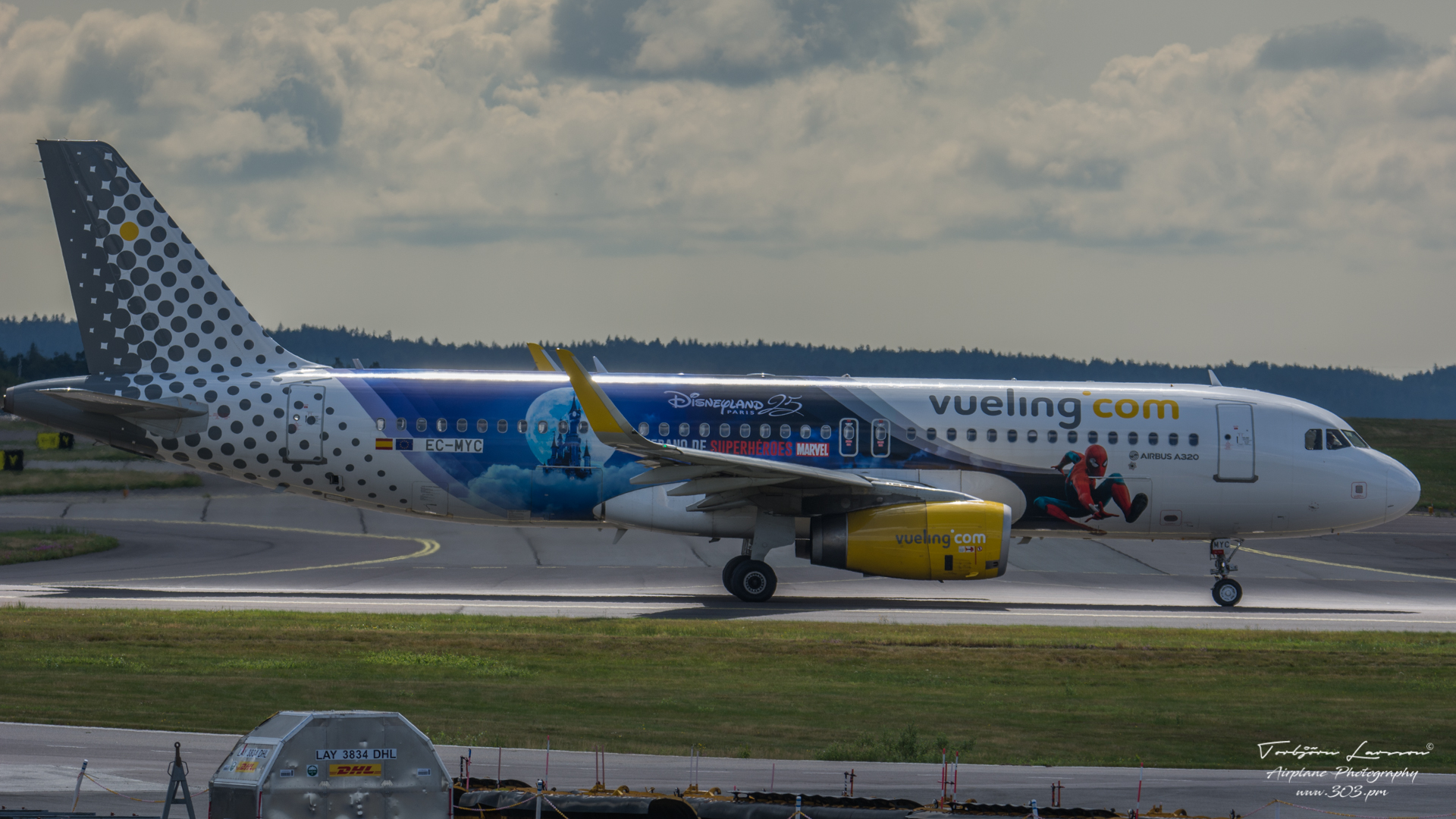 Airbus-A320-232SL-Vueling-Airlines-EC-MYC-TBE_8403