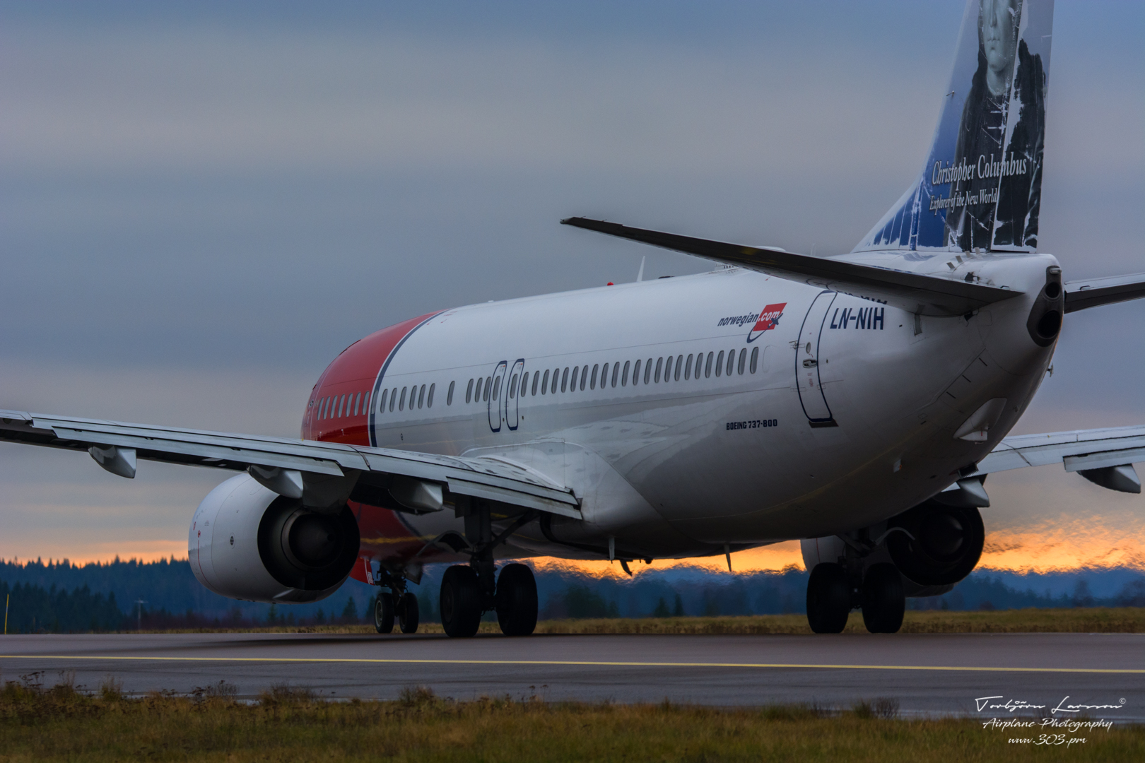 Boeing 737-8JP (LN-NIH) - Norwegian Air Shuttle - TBE_3233