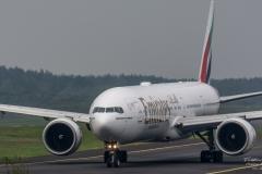 Boeing 777-26N(ER) - Emirates - A6-EBQ - TBE_2140